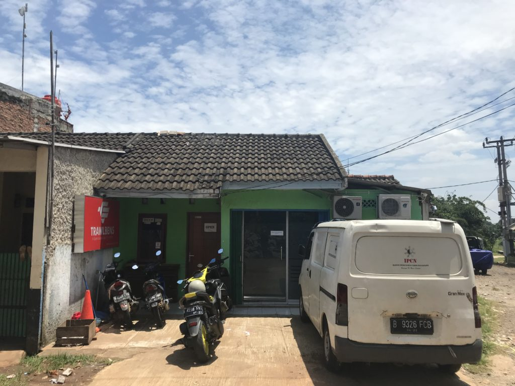 AHmovers Bekasi